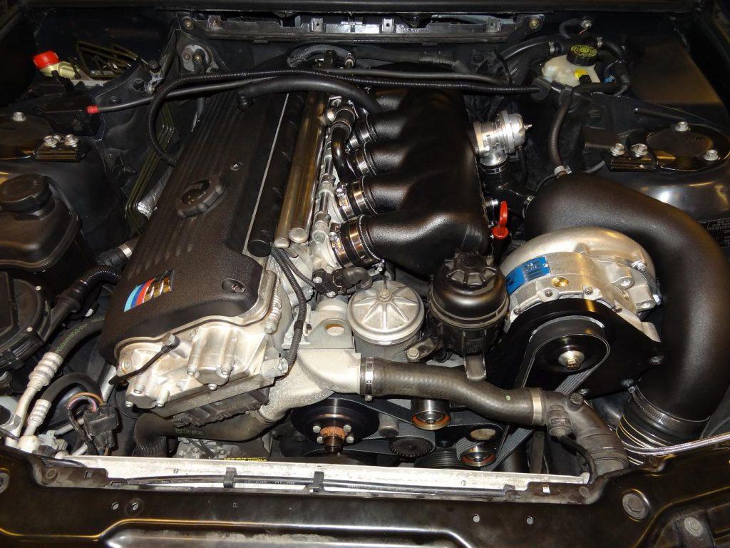 Supercharger inbouw - BMW Specialist PROCAR